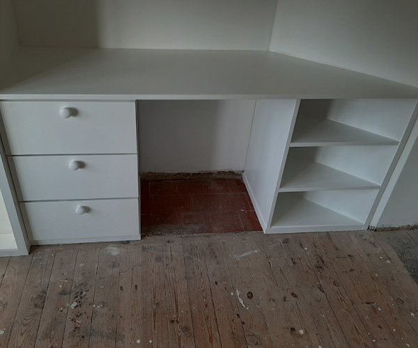 Fitted Dressing Table